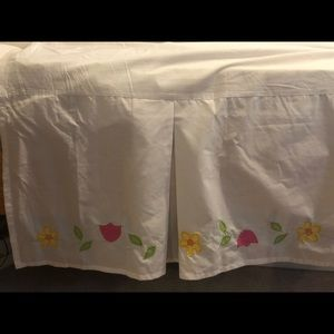 Pottery Barn Floral Queen Sized Bed Skirt